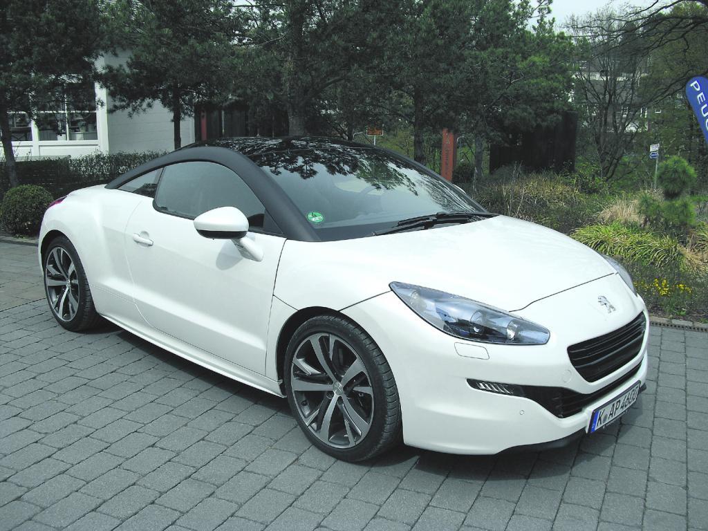 Peugeot hat seinen RCZ leicht überarbeitet.
