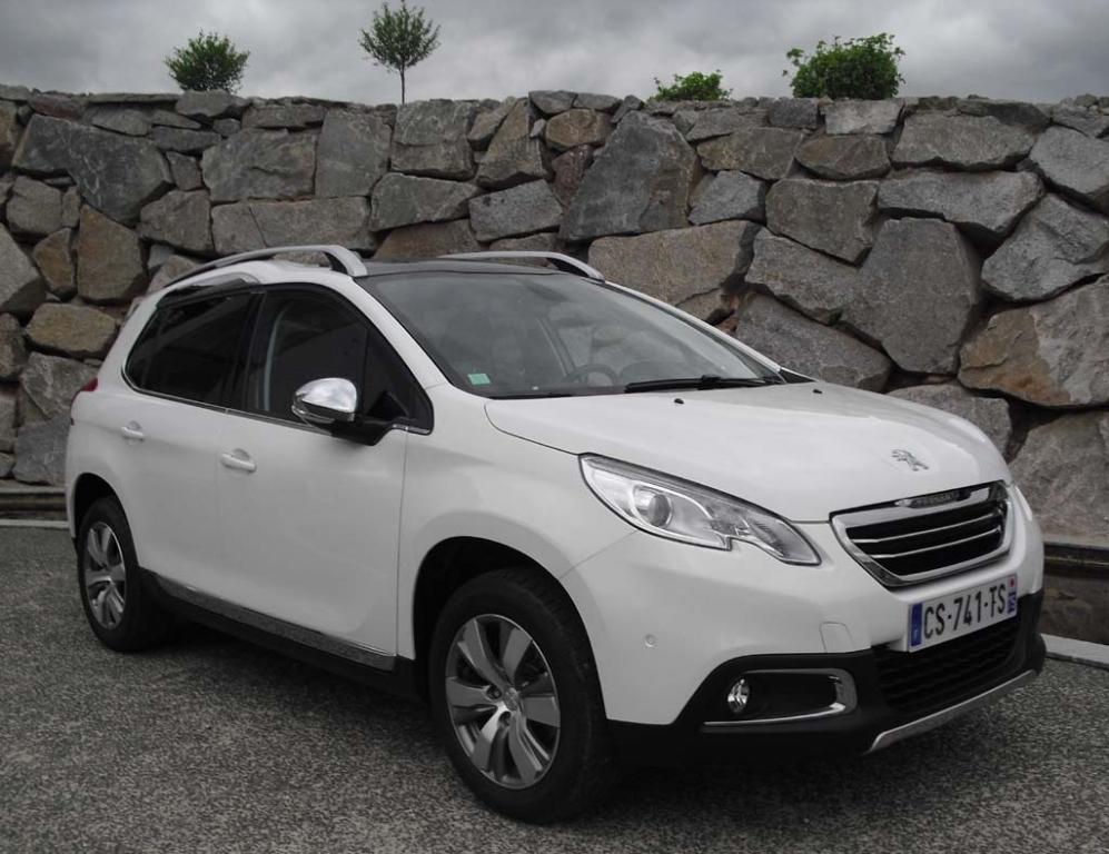 Peugeots neuer 2008 baut auf dem kleinen 208 auf. Fotos: Koch