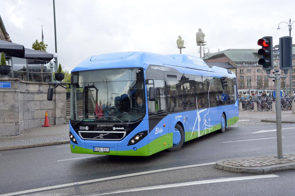 Praxisversuch mit Plug-in-Hybridbusse von Volvo