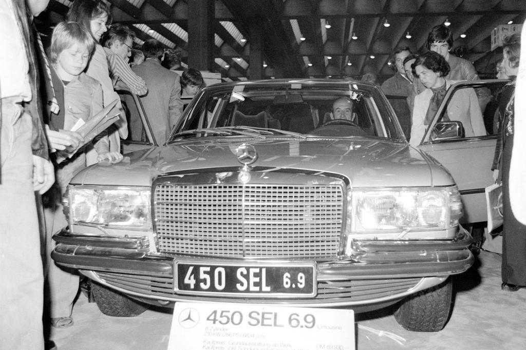 S-Klasse W116 Typ 450 SEL 6.9 IAA Premiere