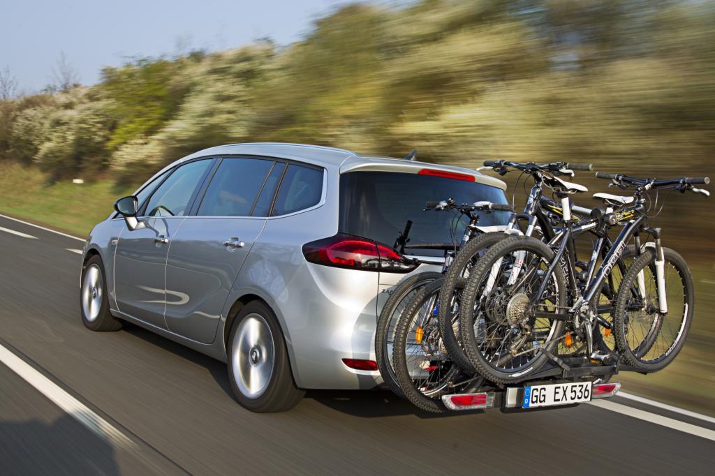 Um den richtigen Fahrradträger müssen sich die Fahrer einiger Opel-Modelle keine Gedanken machen