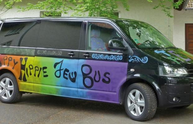 Volkswagen stiftet Hippie-Bus als jüdischen Kulturboten