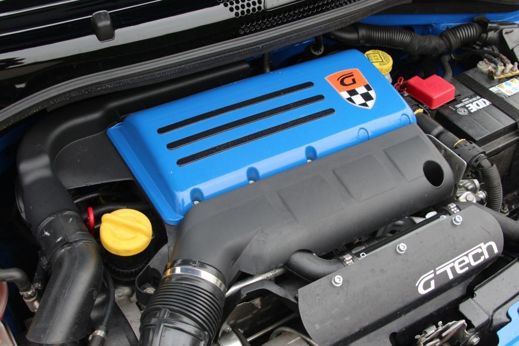 Was man nicht sehen, sondern erst einmal nur hören kann, ist das Krafttraining für den Motor