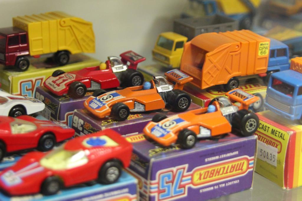 Welches Kind hebt schon die Schachtel eines Spielzeugautos auf?