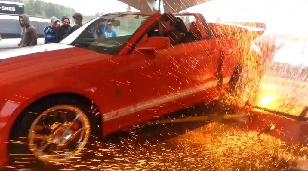 Zu stark - Mustang Shelby GT500 zerlegt Prüfstand