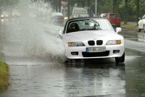 Überschwemmung: Teilkasko deckt Schäden am Pkw