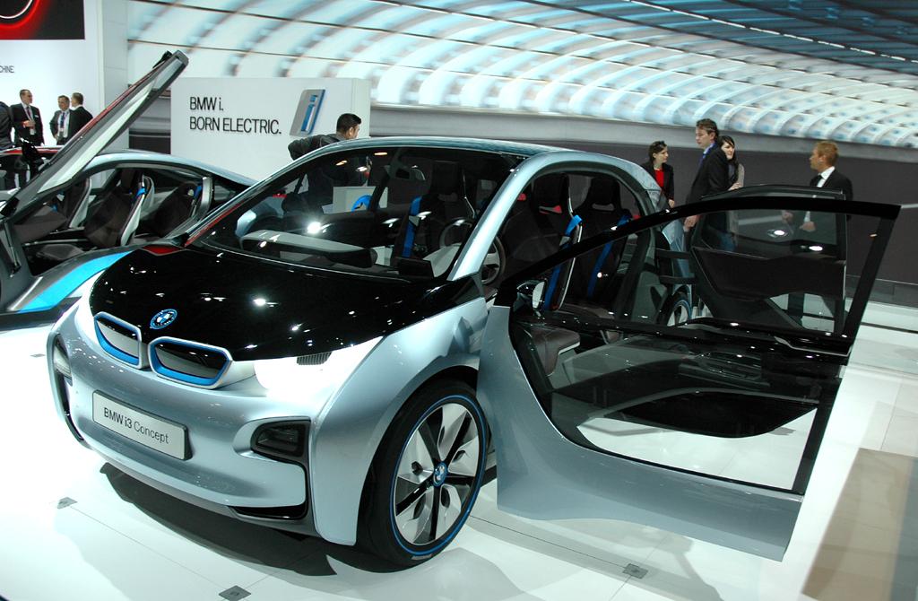 Aus Freude an der Vernetzung: BMW i3, hier noch als Studie.