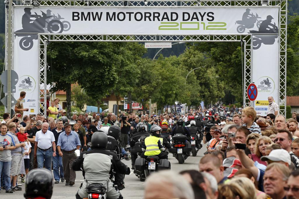 BMW erwartet wieder mehr als 30 000 Motorradfahrer