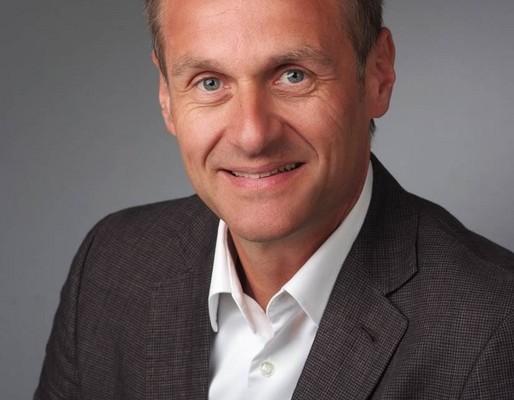 Bernhard Auer leitet Daimler-Zentralvertrieb China
