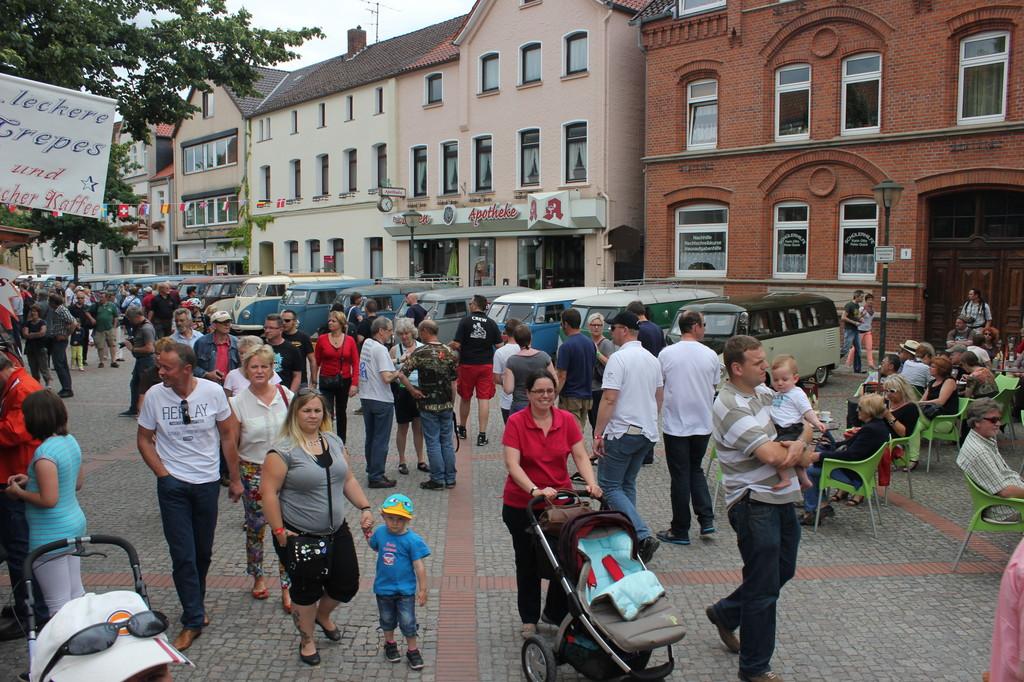 Brezel, Kübel und Samba in Hessisch Oldendorf