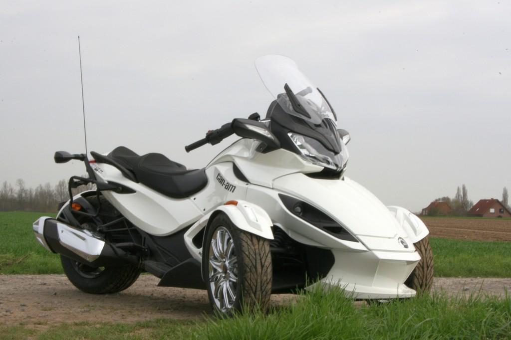 Can-Am Spyder ST: Mischling