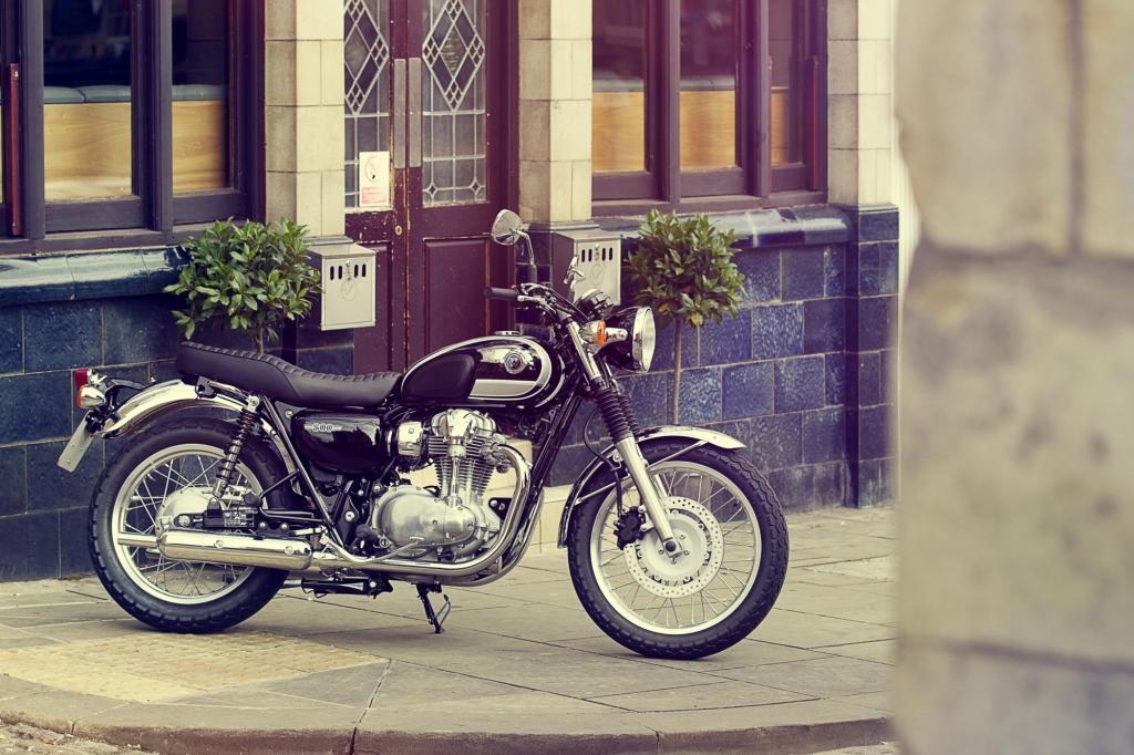 Das Design der Kawasaki W 800 ist stark an englische Motorräder der 1960er-Jahre angelehnt