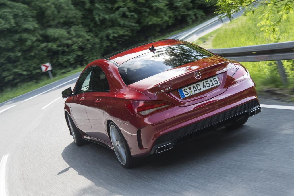 Der CLA 45 AMG steht ab Juli zum Preis ab 56.078 Euro in den Schaufenstern der Mercedeshändler