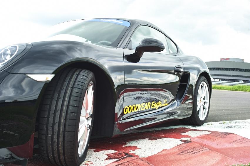 Erstausrüstung: Porsche fährt Hochleistungsreifen von Goodyear