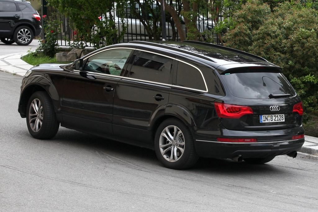Erwischt: Erlkönig Audi Q7 – Radikaldiät für den Herrn der Ringe