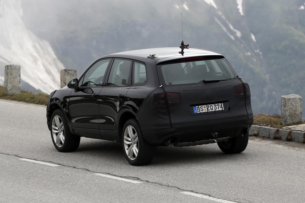 Erwischt: Erlkönig VW Touareg Facelift - SUV in Uniform