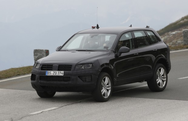 Erwischt: Erlkönig VW Touareg Facelift – SUV in Uniform