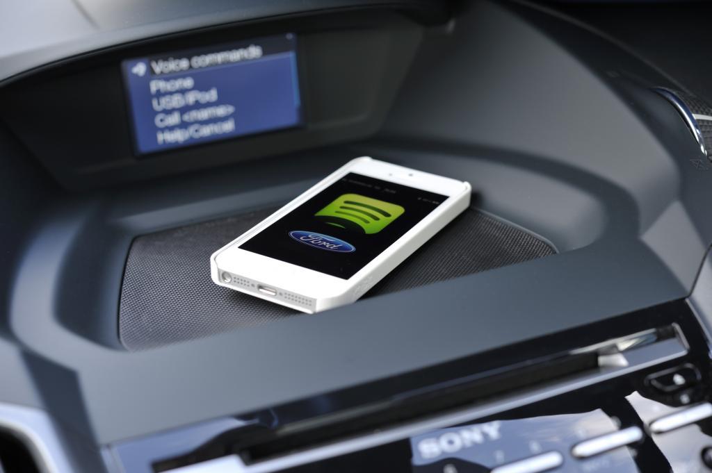Im neuen Ford Mini-SUV EcoSport soll es den Spotify-Dienst geben