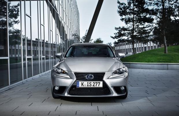 Lexus IS 300h für Gewerbekunden