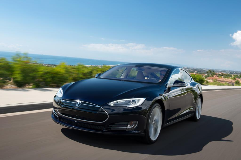 Mit dem viel gelobten Tesla S demonstrierte man jüngst, dass sich das Konzept auch in der Oberen Mittelklasse bewährt