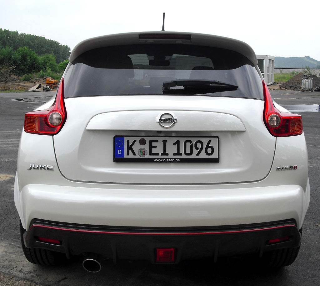Nissan Juke Nismo: Blick auf die Heckpartie.
