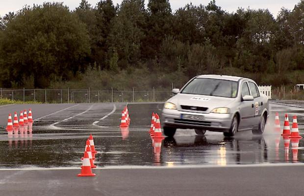 Ratgeber: Stets die Reifen im Auge behalten