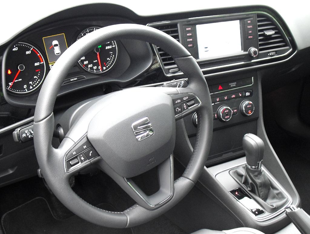 Seat León SC: Blick ins Cockpit.