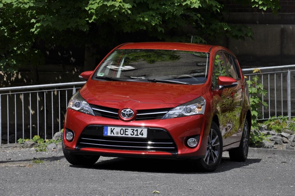 Test Toyota Verso 2.0 D-4D – Der Van mit den zwei Gesichtern