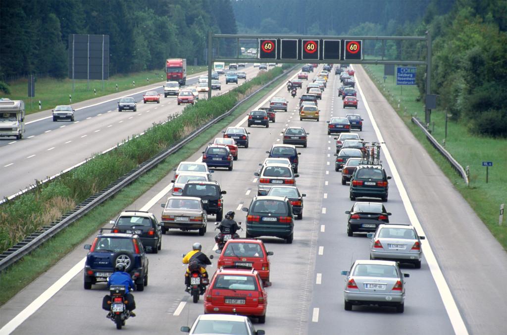 Urlaubszeit: Viele europäische Autobahnen überlastet