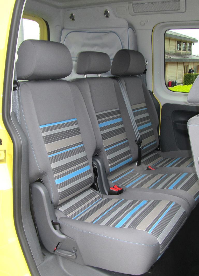 VW Cross Caddy: Blick auf die hintere Sitzreihe.