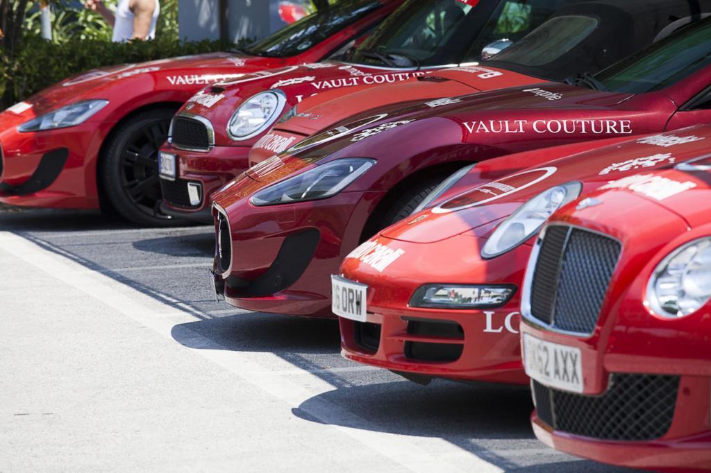 Von Bentley bis Ferrari sind alle Edelmarken vertreten