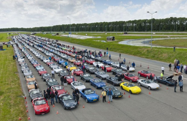 Weltrekord mit 683 Mazda MX-5