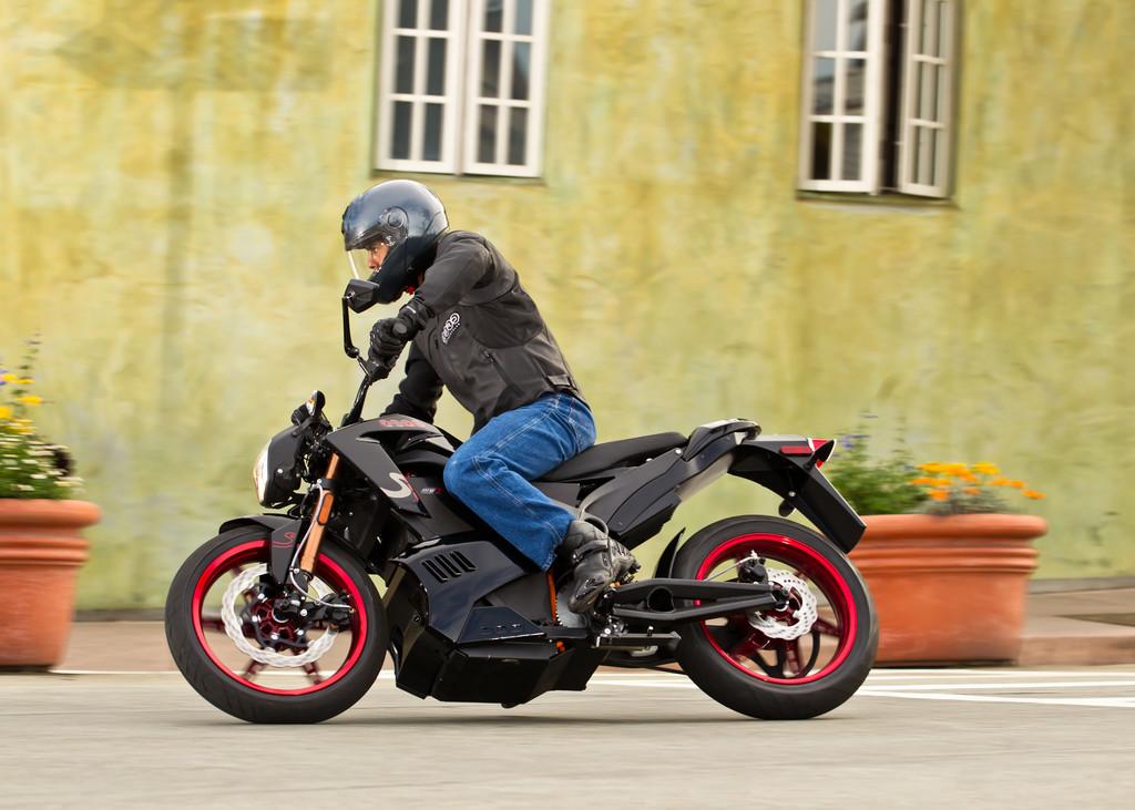 Zero Motorcycles lädt zur Probefahrt ein