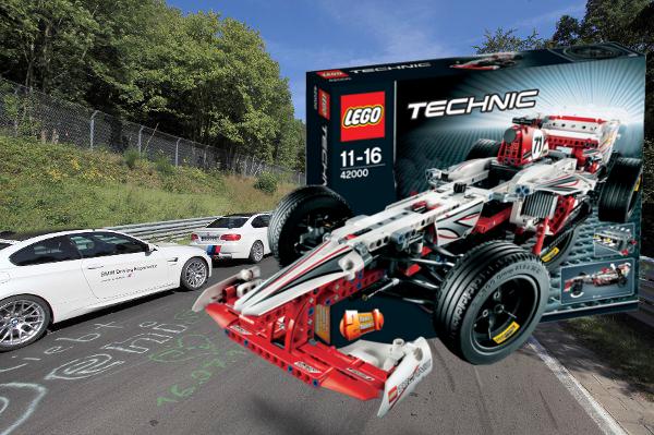 auto.de-Gewinnspiel: Spielzeug für echte Männer - zwei LEGO Technic Grand Prix Racer plus eine Renntaxifahrt für zwei Personen auf dem Nürburgring