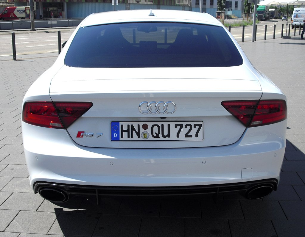 Audi RS7 Sportback: Blick auf die Heckpartie.