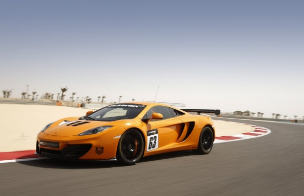 Augen auf die Strecke – McLaren zeigt Rennstreckenversion »Sprint« des 12C beim Goodwood Festival of Speed.
