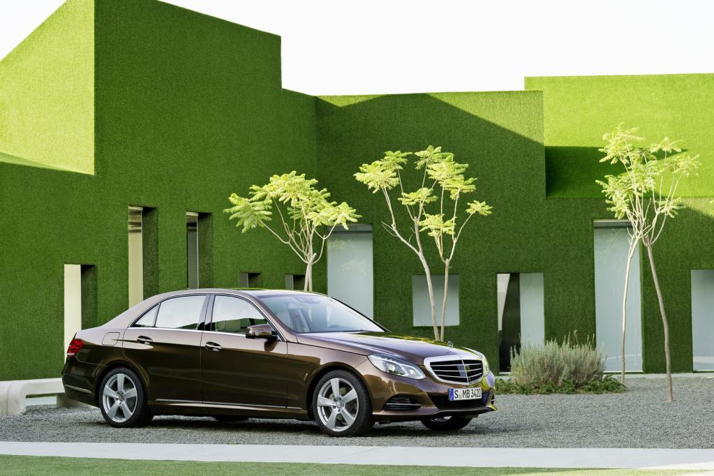 Autohändler gegen Online-Pläne von BMW und Mercedes-Benz