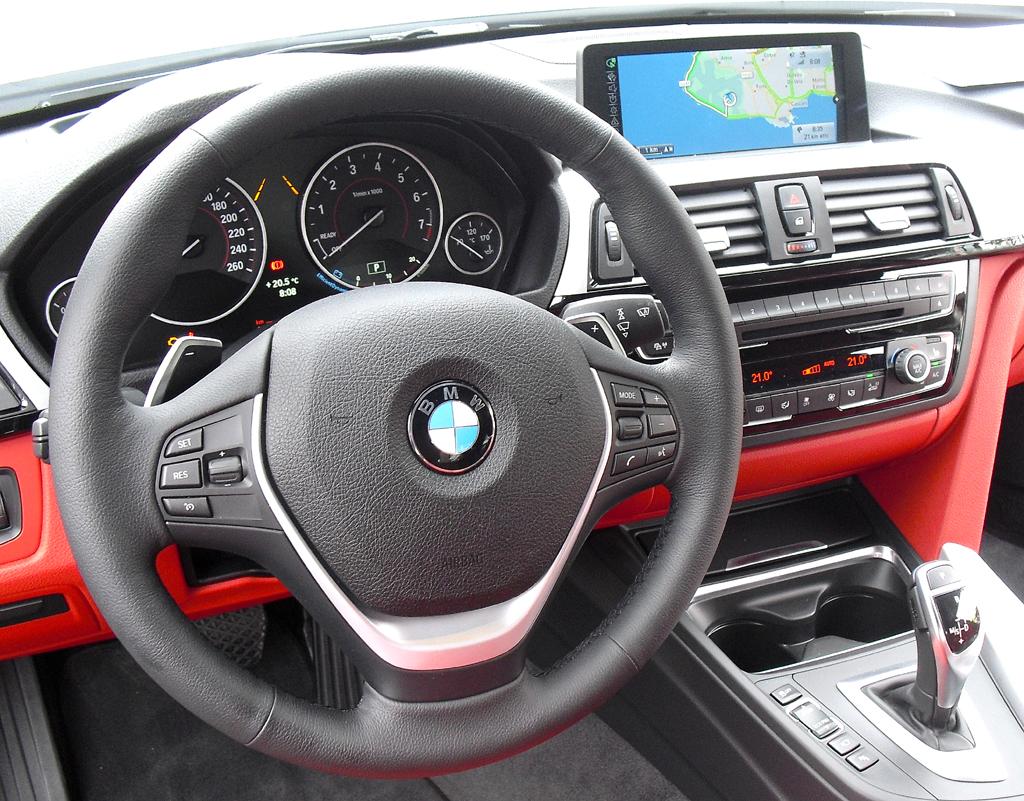 BMW 4er Coupé: Blick ins Cockpit.