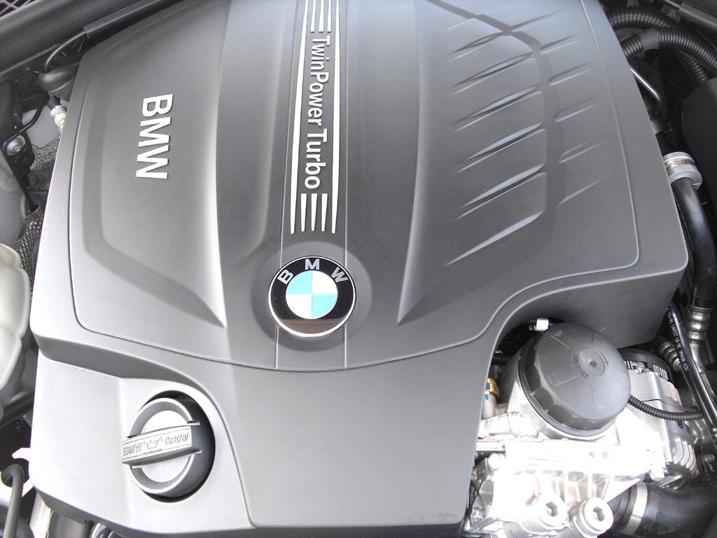 BMW 4er Coupé: Blick unter die Haube, hier beim Sechszylinder-Benziner 435i.