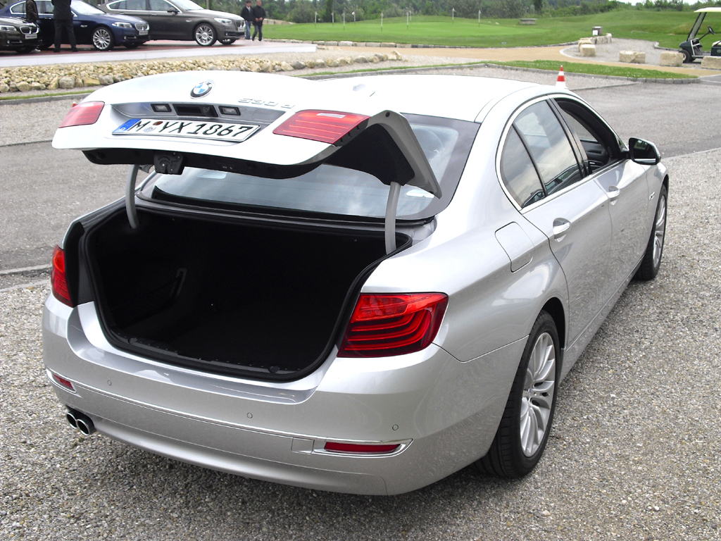 BMW 5er: Das Gepäckabteil der Limousine fasst stattliche 520 Liter.