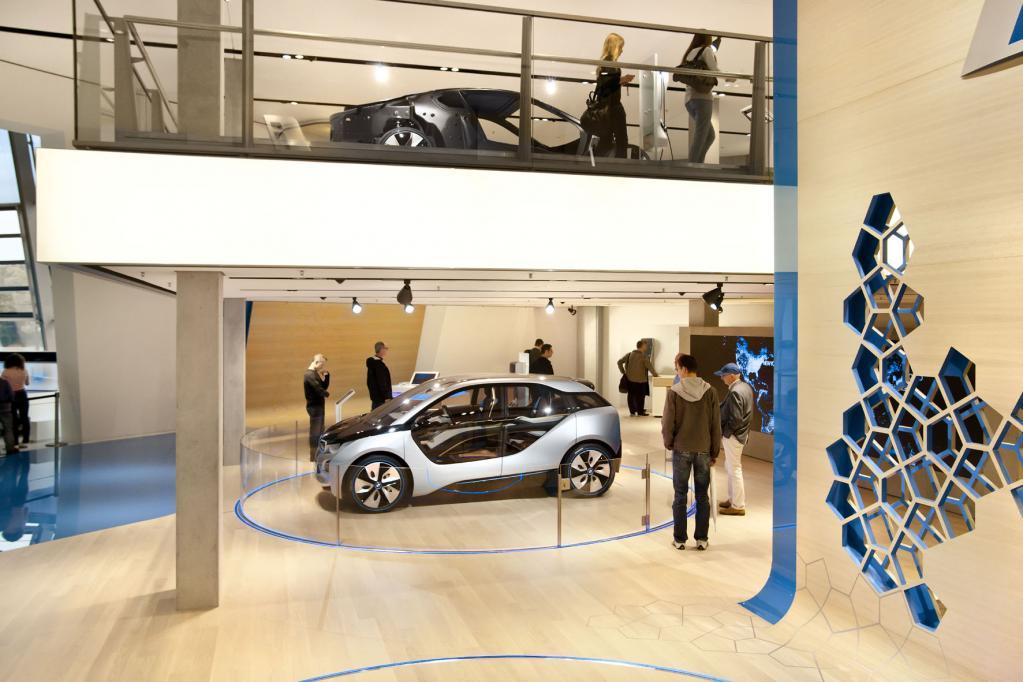 BMW verkauft künftig Automodelle im Internet