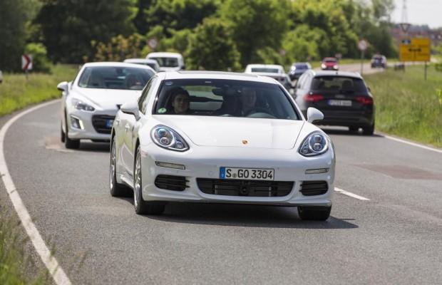 Betriebsstrategien beim Hybridantrieb: Sparen beim Fahren