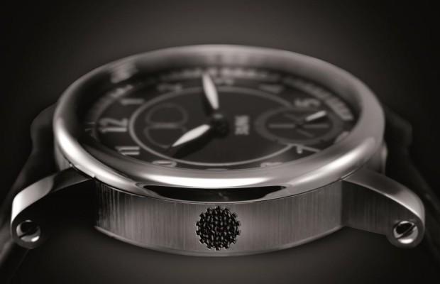 Chronometer mit Oldtimer-Blech - Urkäfer fürs Handgelenk