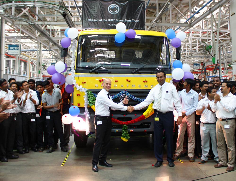 Daimler Trucks feiert erstes Produktionsjubiläum in Indien