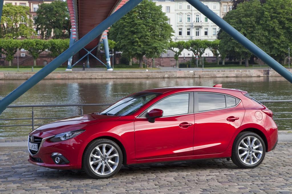 Die dritte Generation des Kompaktmodells debütiert Mitte Oktober in der in Deutschland beliebten Fließheckvariante.