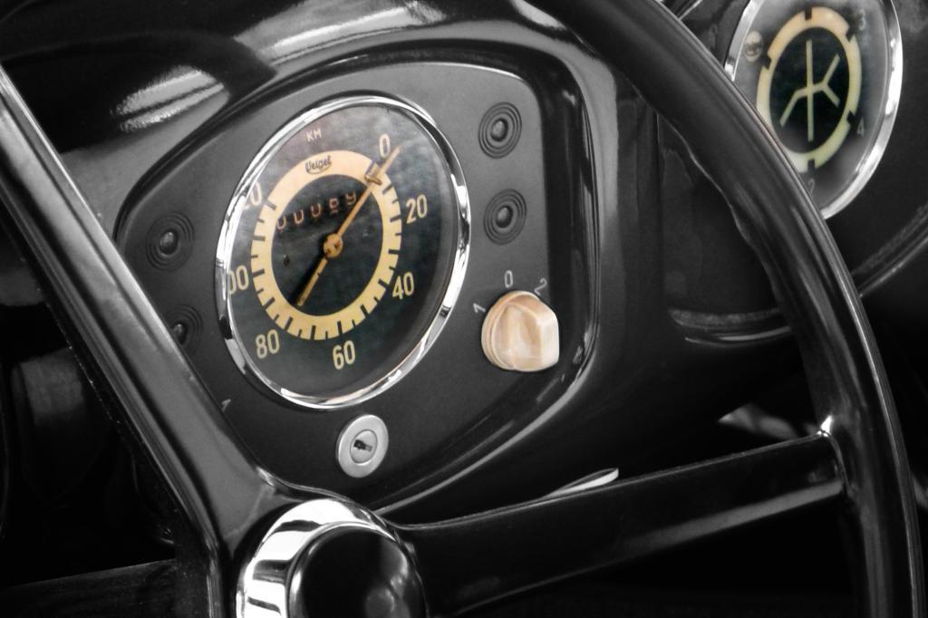 Ein Stück Automobilgeschichte als Zeitmesser