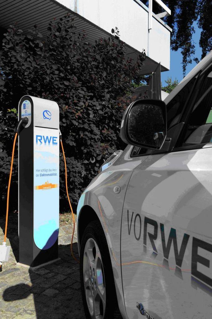 Elektroautos fahren nur mit Sonnenstrom