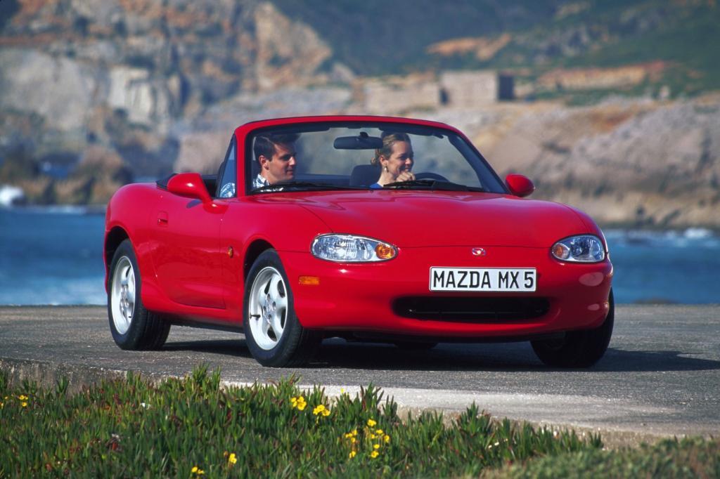 Er ist die Mutter der neuzeitlichen Roadster: der Mazda MX-5