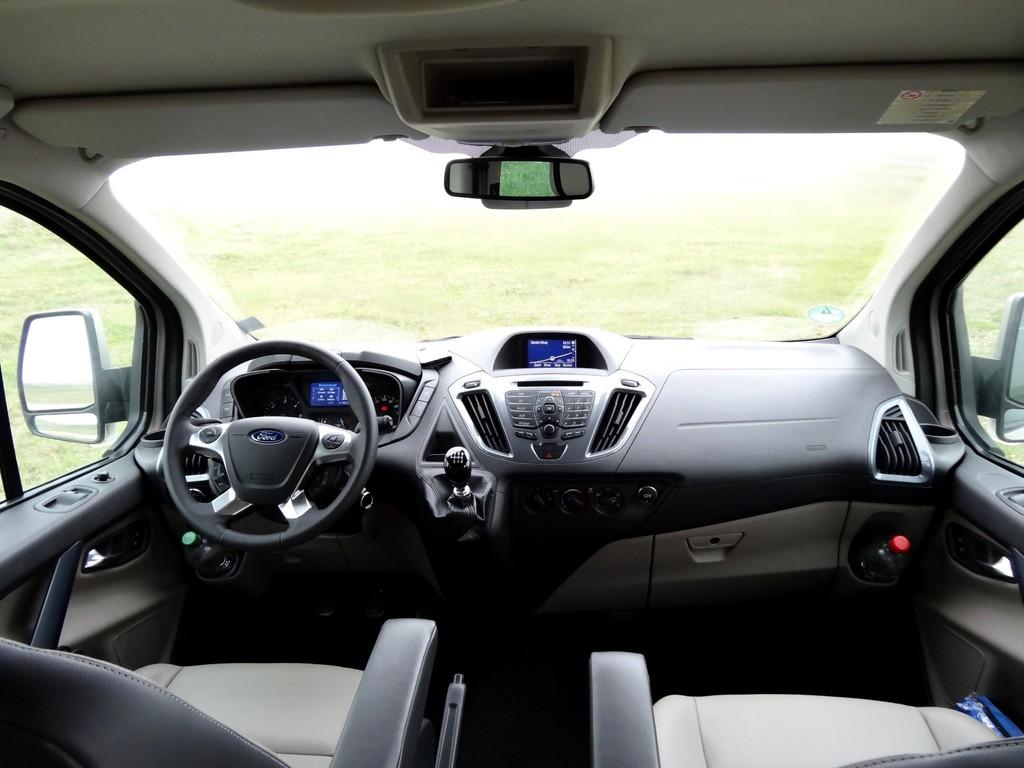Fahrbericht Ford Tourneo Custom mit langem Radstand: Stilvoller