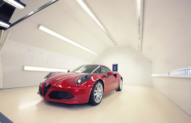 Goodwood: Erste Ausfahrt des Alfa Romeo 4C